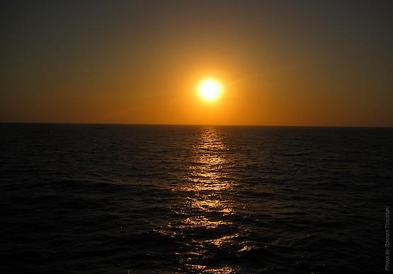 Закат над Средиземноморьем