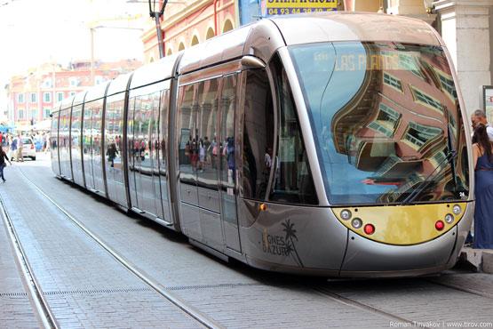 Трамвай отправляется в путь