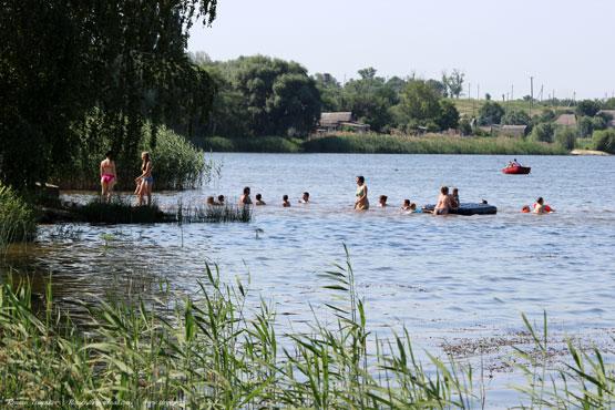 Живописные берега Берекского водохранилища