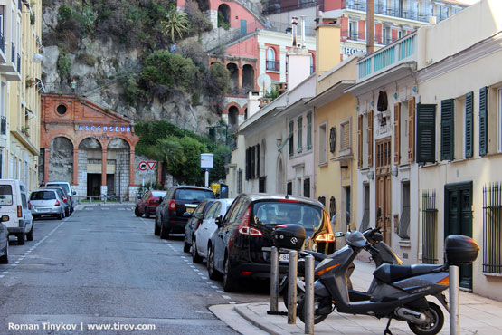 Дорога к Замковой горе в Ницце