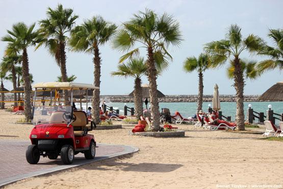 Ferrari у пляжа