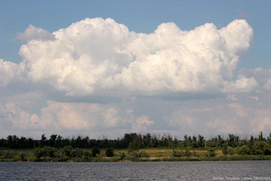 Облака над Берекским водохранилищем