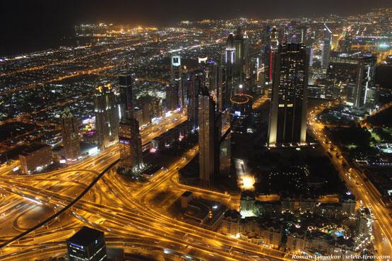 Ночной вид на Дубай с Бурдж-Халифа