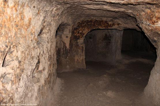 Тоннель, ведущий в подземный город