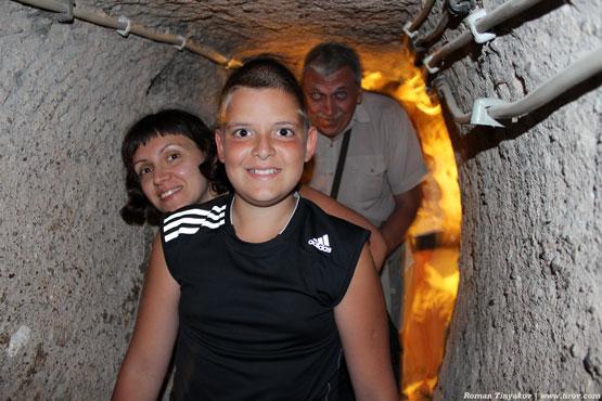 Во время спуска в подземный город Каймаклы