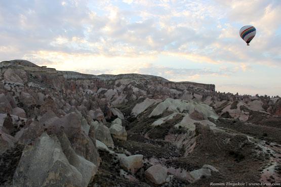Во время полёта над скалами Каппадокии
