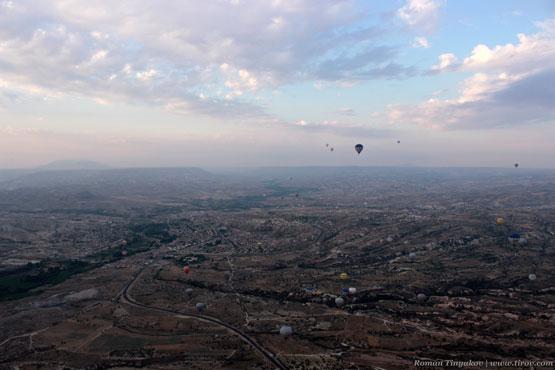 Вид на долину Каппадокии с высоты 800 метров
