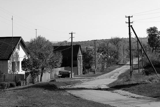Улица вдоль дороги
