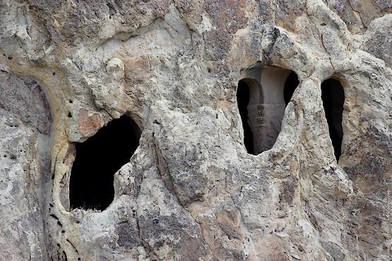 Колонны в девичьем монастыре