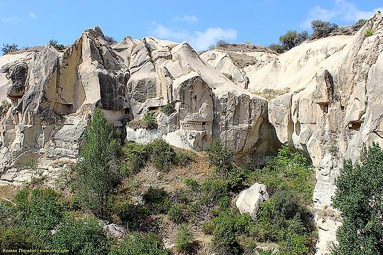 Скалы в долине Гёреме в Турции