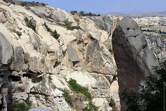 Вид на скалы долины Гёреме