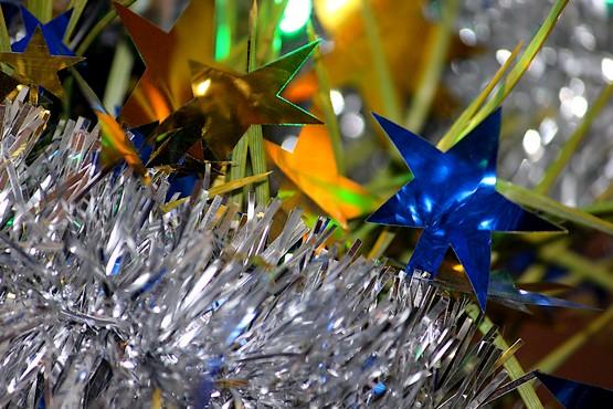 Звёзды на новогодней ёлке