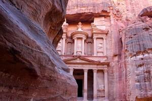Сокровищница Фараона (Эль-Хазне)