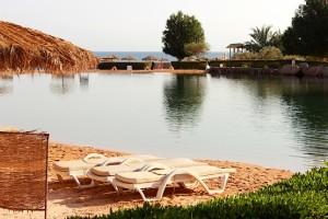 Искусственное озеро в отеле