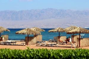 На пляже отеля InterСontinental Resort Taba Heights 5*у Красного моря