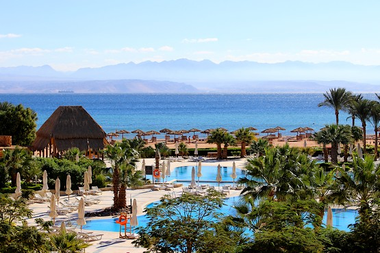 Вид на пляж отеля InterСontinental Resort Taba Heights 5*