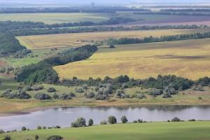 Вид на поля и реки Харьковской области с вертолёта