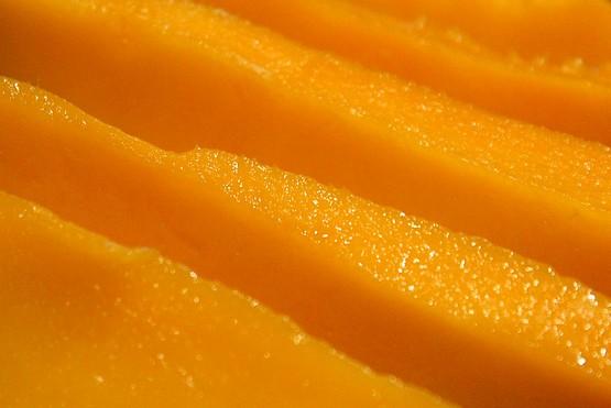 Сочная мякоть манго