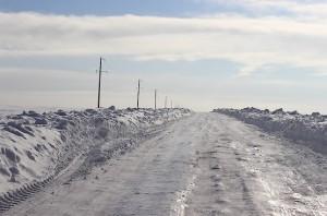 Ледяная дорога в поле