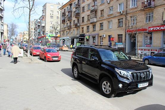 Тойота на улице Пушкинской