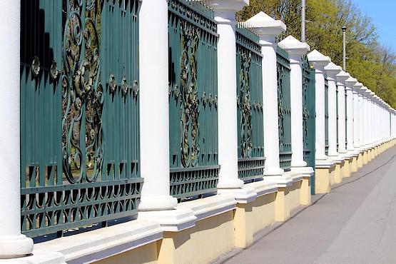 Забор в парке Горького