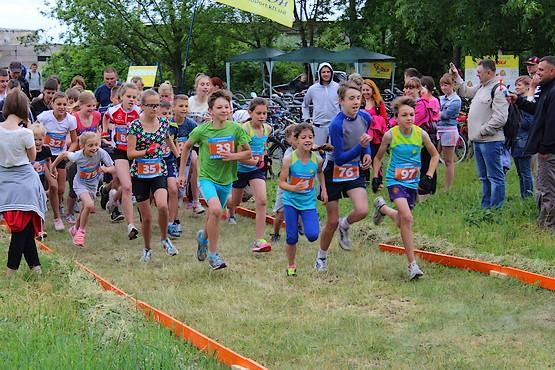 Старт на дистанции 2 км бег + 8 км велогонка + 2 км бег