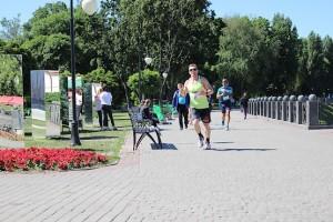 Бег у зеркал на 4F Kharkiv Riverside Run