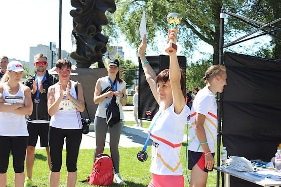 Кубки победителям на дистанции 5 км 4F Kharkiv Riverside Run 2018 Spring