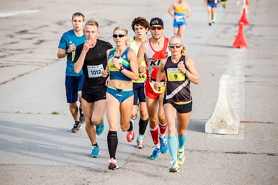 Группа лидеров Kharkiv Airport Run 2018
