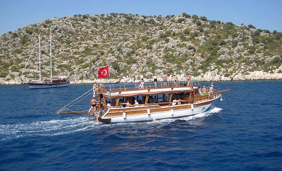 На яхте под флагом Турции