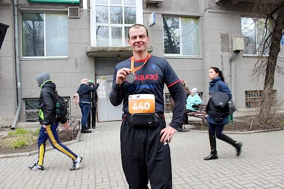 С медалью после полумарафона в Харькове