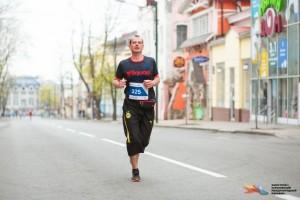 Бег по центру Харькова на марафоне