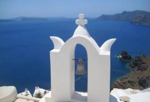 Колокол на острове Санторини в Греции