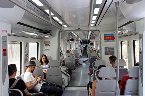 Внутри поезда в Испании