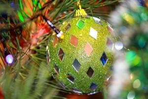 Зелёное украшение на новый год