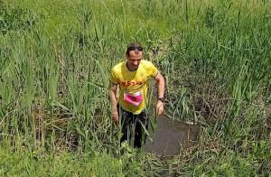 Окунулся в речку во время трейла