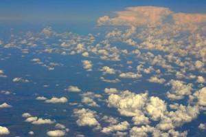 Полёт над облаками Украины